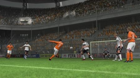 Dutch_NT_Huntelaar_Kuyt_VanBommel-volley